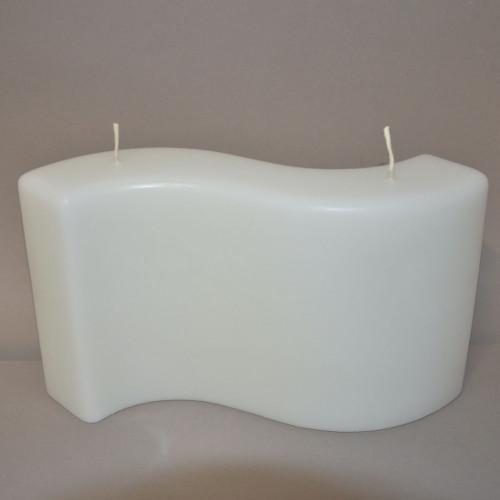 Weiß getauchte Kerze...